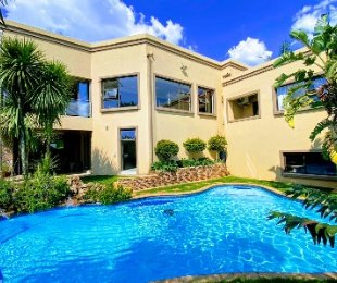 R 5,000,000 - 6 Bed Property For Sale in Mulbarton