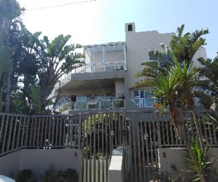 R 13,000 - 3 Bed Apartment To Rent in Table View