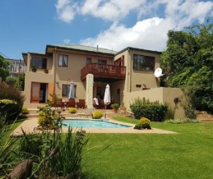 R 2,550,000 - 4 Bed House For Sale in Kensington