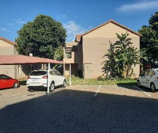 R 650,000 - 2 Bed Property For Sale in Allens Nek