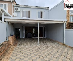 R 895,000 - 3 Bed Property For Sale in Newlands East