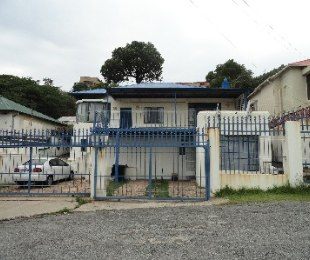 R 1,100,000 - 3 Bed House For Sale in Kensington