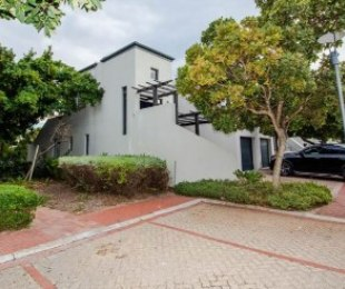 R 25,000 - 4 Bed Apartment To Rent in Century City
