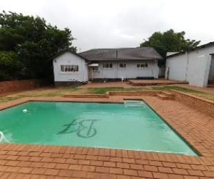 R 1,200,000 - 3 Bed Home For Sale in Dawnview