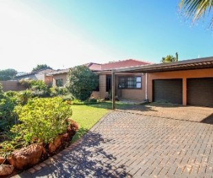 R 1,690,000 - 3 Bed House For Sale in Solheim