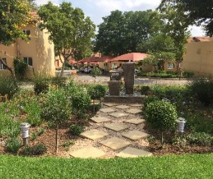 R 690,000 - 2 Bed Property For Sale in North Riding