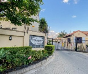R 1,850,000 - 3 Bed Property For Sale in Craigavon