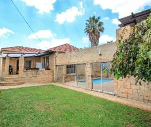 R 1,800,000 - 3 Bed House For Sale in Primrose