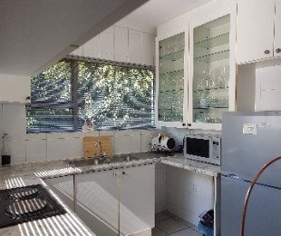 R 800,000 - 1 Bed Property For Sale in Bedfordview