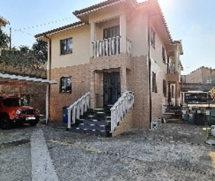 R 2,500,000 - 4 Bed Home For Sale in Mayville