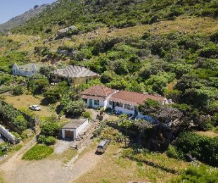 R 5,900,000 - 6 Bed House For Sale in Clovelly