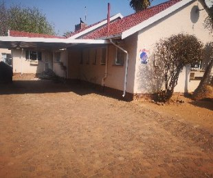 R 1,350,000 - 3 Bed House For Sale in Primrose