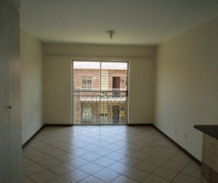 R 318,000 - 0.5 Bed Flat For Sale in Karenpark