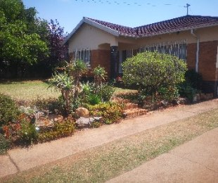 R 1,278,000 - 3 Bed House For Sale in Homestead
