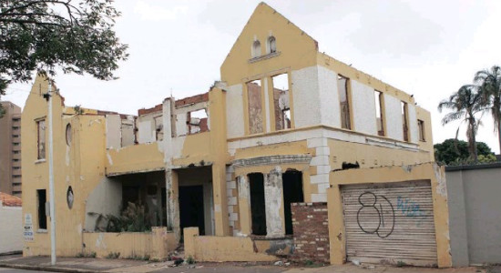 Abandoned properties anger Durban residents : Property News